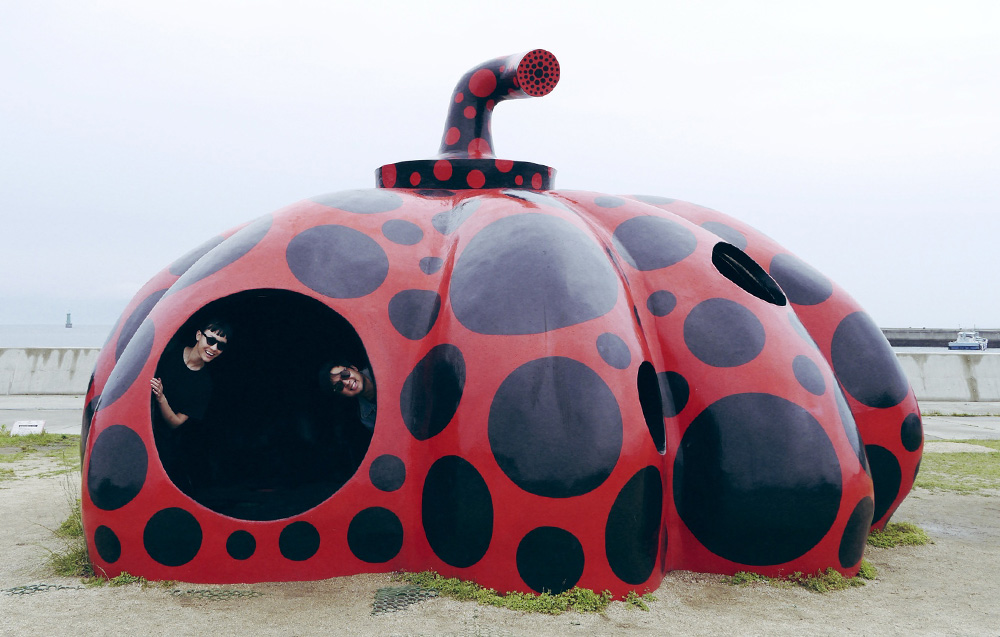 Naoshima_Japan_Art_Island_Yayoi_Kusama_Red_Pumpkin_Angelique_Stevenson